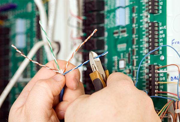 naprawa elektryczna
